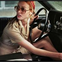 LA DAME DANS L'AUTO AVEC DES LUNETTES ET UN FUSIL de Joann Sfar (2015)