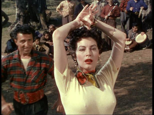 Photo d'Ava Gardner dansant le camp gitans