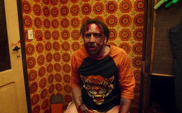 Photo de Nicolas Cage en sweat tigre